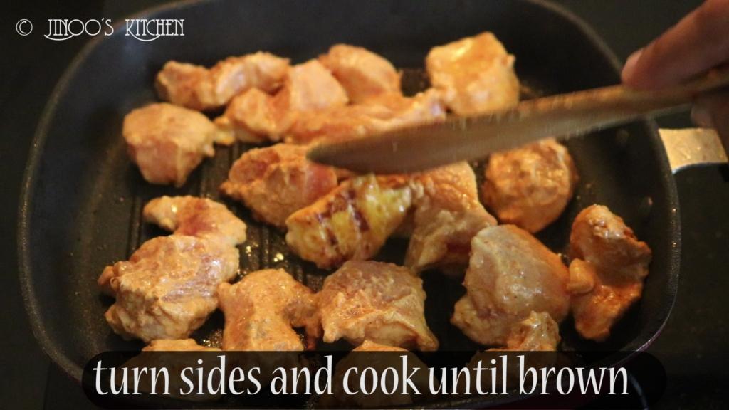 Easy restaurant style chicken tikka recipe in pan