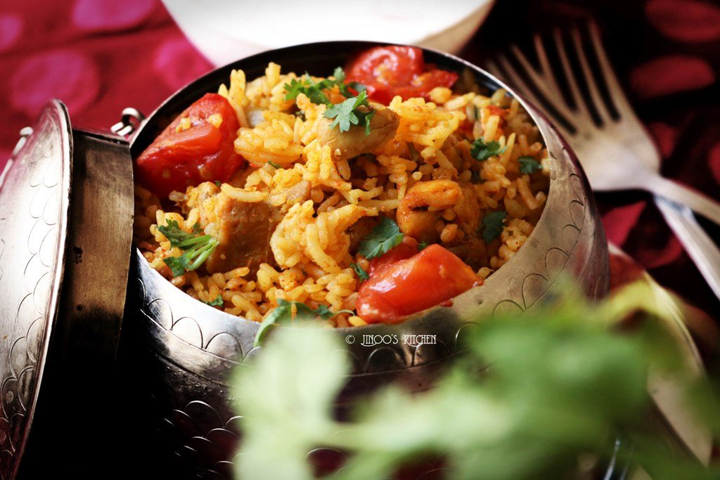 Tomato chicken biryani recipe | chicken biryani with roasted tomatoes