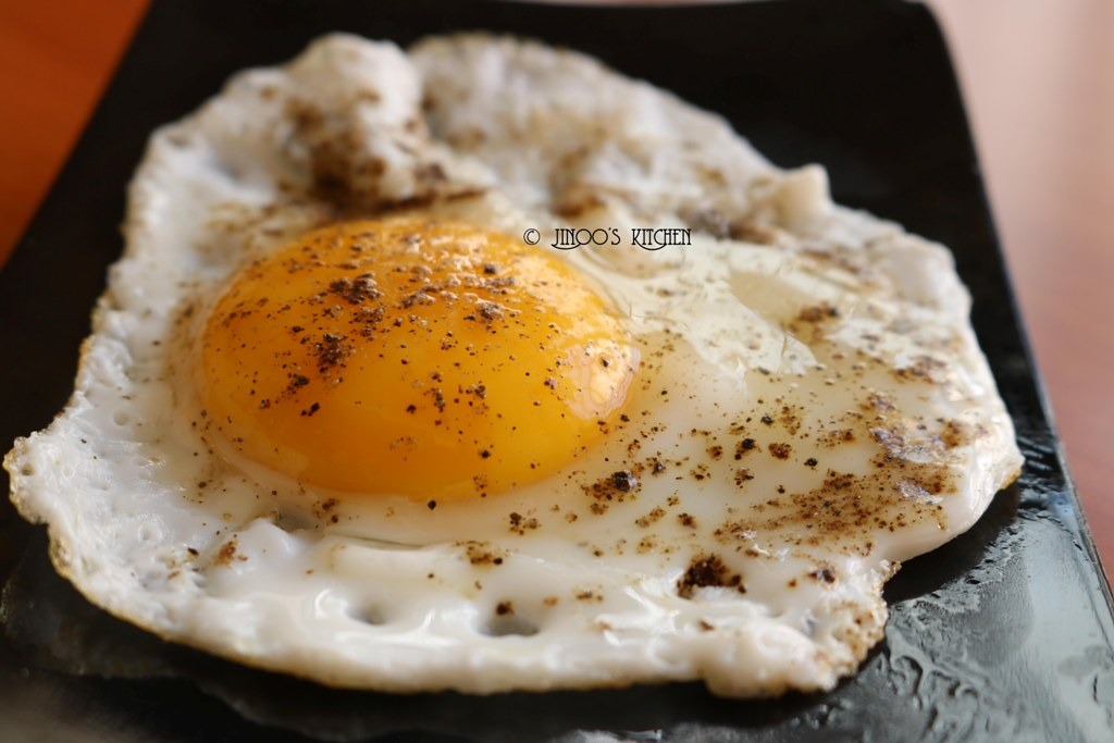 egg recipes south indian - half boil recipe