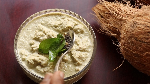 green coconut chutney recipe | mint coconut chutney recipe